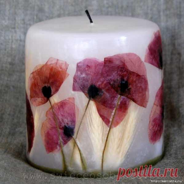 ¡Las velas de flores de la labor a mano!