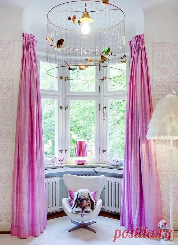 Unusual chandelier with birds
