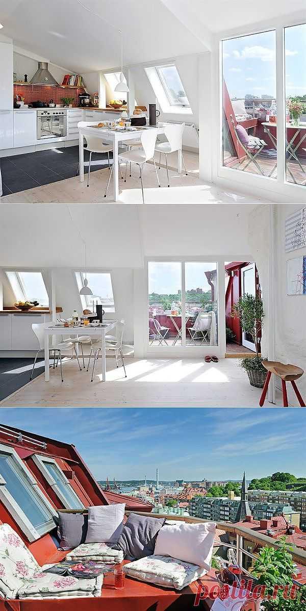 Окна решают все! Небольшая квартира превращается в светлую безграничную территорию отдыха и наслаждения.