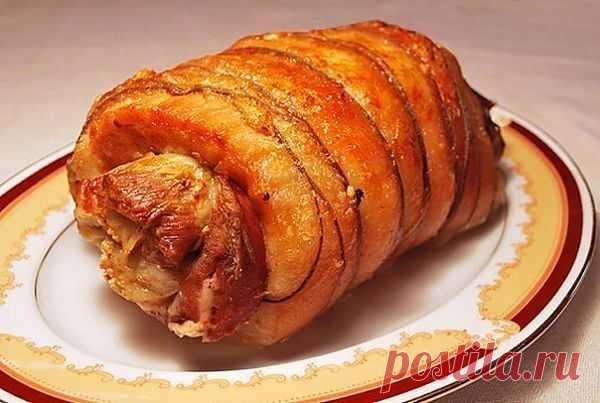 Пряный рулет из свинины.