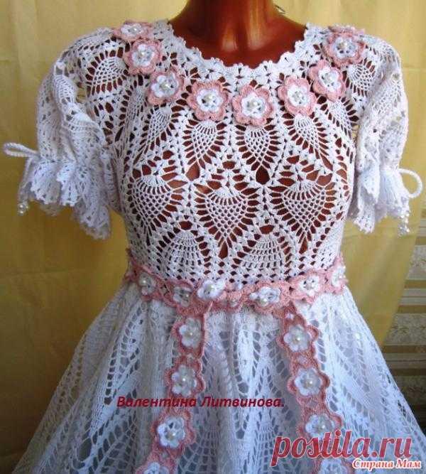 Платье для девочки - белое с цветами. Автор - Валентина Литвинова.