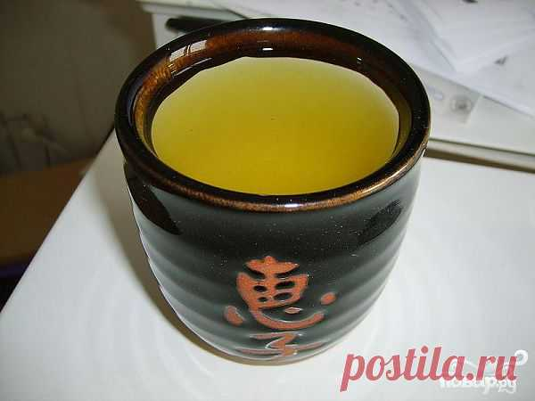 Самый популярный в Японии сорт чая. Более 80% производимого в стране чая это именно сентя. Он очень нежный, ароматный и полезный. Его получают из сортов банча и гиокуро.