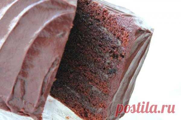 Многослойный шоколадный торт с карамелью | Кулинарные рецепты от «Едим дома!»