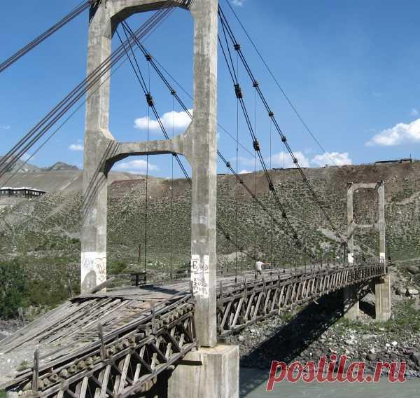 Первый в мире двувантовый мост р. Катунь п. Иня Республика Алтай