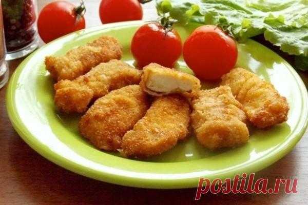 Наггетсы из курицы  Куриные  наггетсы — вкуснейшее блюдо. Наггетсы получаются всегда сочные и  нежные, поэтому не стоит лениться, а лучше научиться готовить это чудо:  Куриные наггетсы — вкуснейшее блюдо. Наггетсы получ…