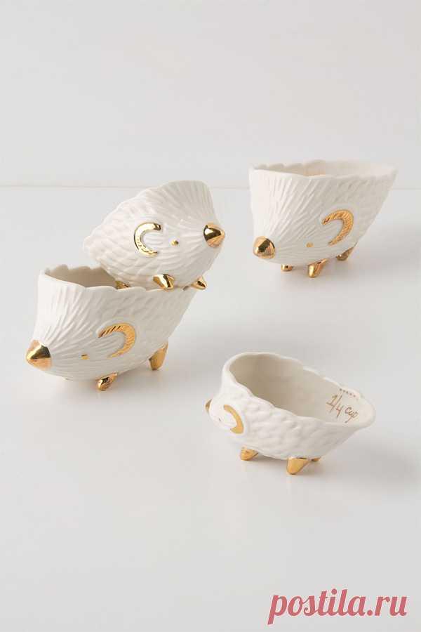 Серия мерных чашек в виде милых, забавных ёжиков. Можно купить за 36 $. (Ссылка на интернет-магазин по клику на картинку).