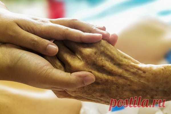 Ключевая причина старения человека Главную роль в увядании человека играют лейкоциты эозинофилы – своеобразные иммунные клетки. Считалось, что они имеются в кровеносной системе. Сейчас же учёные обнаружили их в висцеральном жире у людей и мышей.С годами число эозинофилов уменьшается, а воспалительных макрофагов...