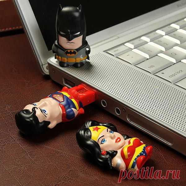 Микро USB-картридеры в виде супергероев. Теперь невозможного нет. $18 USD