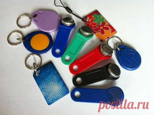 Как открыть домофон без ключа, не повреждая устройство