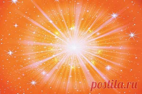 """Мысли - это наше создание, продукция нашего ума. Мысли рождают чувства, чувства формируют наш характер. Чем лучше характер, тем лучше судьба. Снова и снова создавайте в своём уме мысли высокого качества, станьте фабрикой чистых, позитивных мыслей. Мысль на 19 августа: Бог - Океан Любви. Он дарит любовь каждой душе. Но больше всего Он любит тех, у кого искреннее и честное сердце. Говорится: """"Господь доволен честным сердцем""""."""