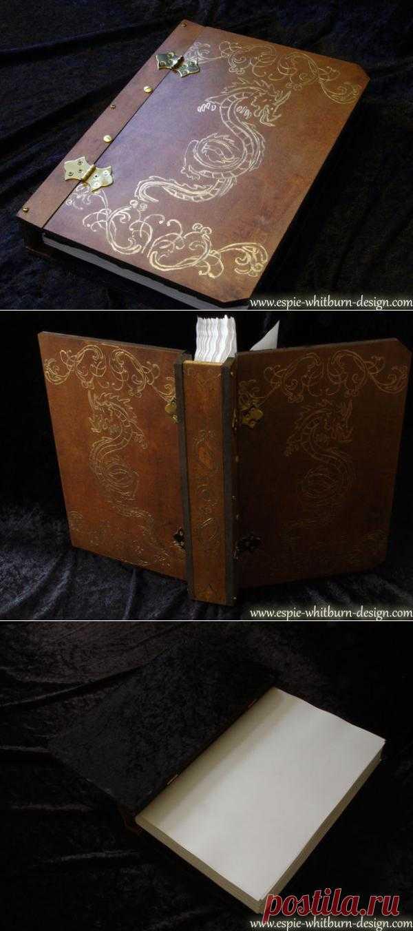Скрапбукинг под старинную книгу. Такой вариант, например волшебной книги или старинной таинственной.