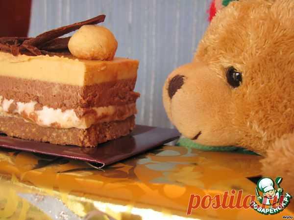 Шоколадно-карамельное пирожное с нугой и орехами. Автор: dolphy