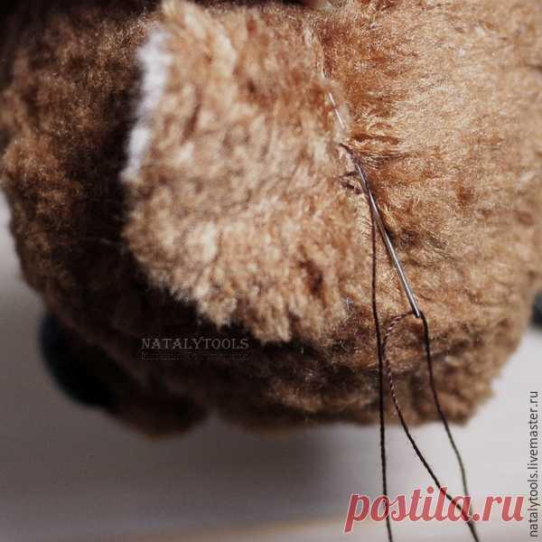 9ea89b5f7b8e Как сделать кожаный носик и ушки-пельмешки для мишки-тедди - Ярмарка  Мастеров -