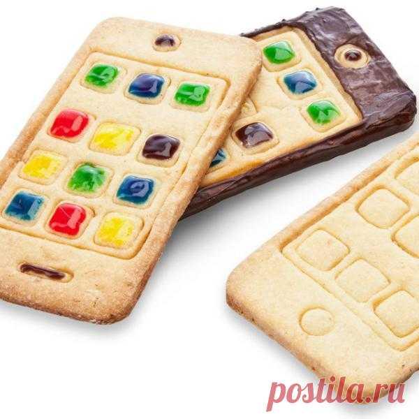 Форма для печенья I-phone. Такой выпечкой можно удивить кого угодно. $16 USD