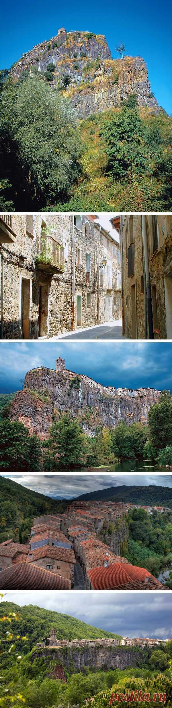 Город на скале! Кастельфульит-де-ла-Рока, Каталония, Испания