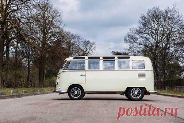 Volkswagen T1. Микроавтобус, покоривший мир | Oldtimer weekly | Яндекс Дзен