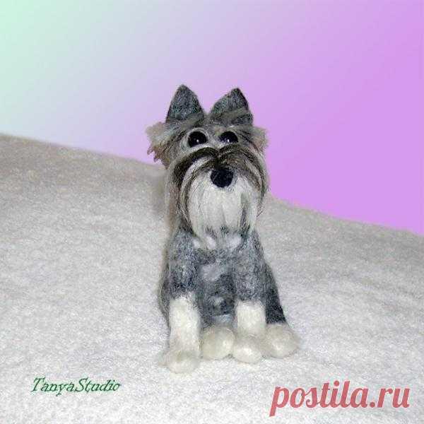 Валяная игрушка Миттельшнауцер.  Скульптурный портрет собак любой породы сделаю по фото заказчика из 100% шерсти меринос методом сухого валяния.