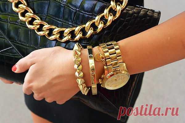 Золотой браслет с шипами - $14 USD
