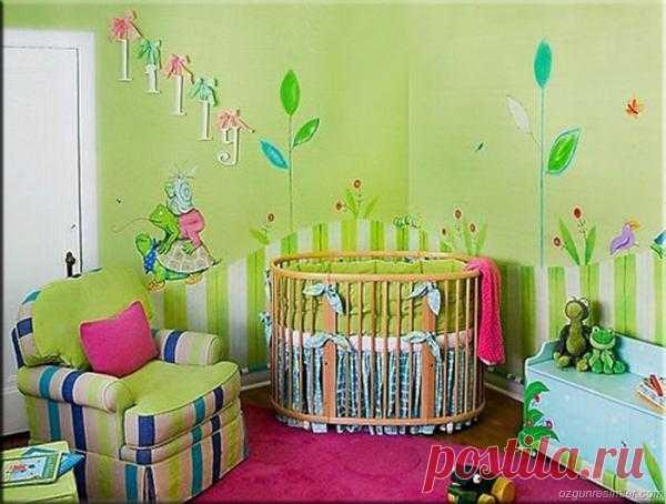 Красочная детская комнатка