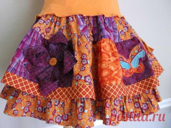 Оригинальная идея: украшаем детскую юбку цветком оригами