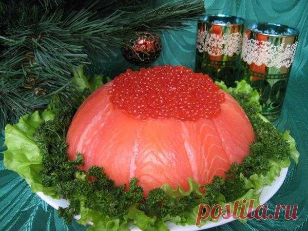 Красивый рыбный торт - не из дешевых). Комментарии