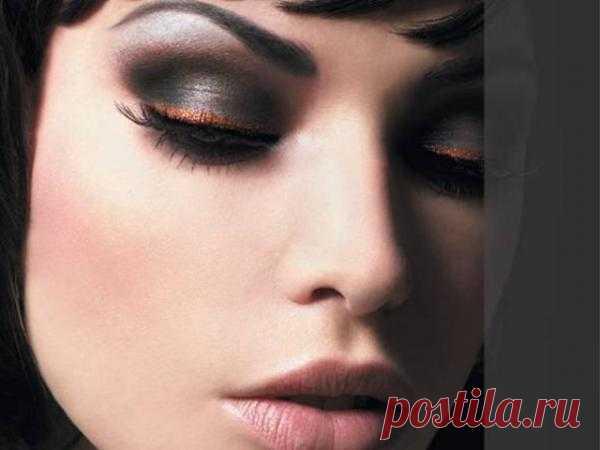 Видео-уроки макияжа от польской блоггерши
