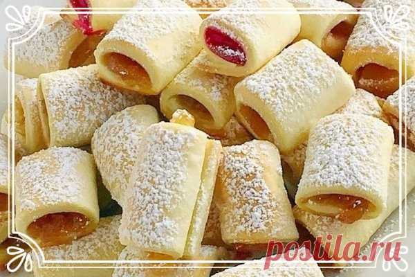 Полосочки с ягодной начинкой (рецепт для детей, и не только)   Печенье в виде небольших рулетов с фруктовой или ягодной начинкой.   Подготовка: 1 час +.  Показать полностью…