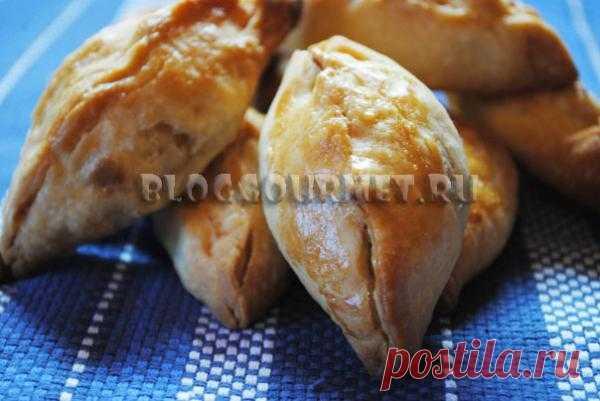 Закусочные пирожки с картошкой и сыром из пресного теста | Кулинарный блог Просто Вкусно
