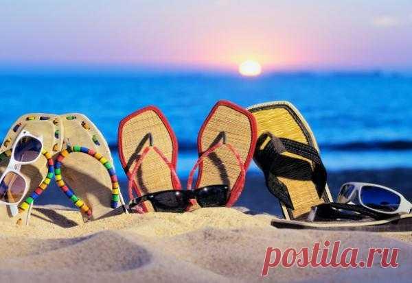 4 тренда пляжной обуви 2013
