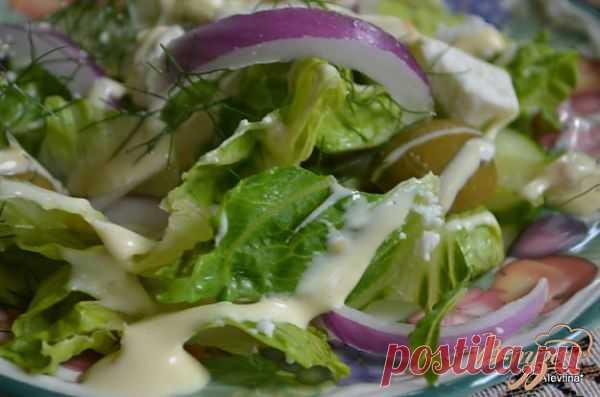 Салат простой с сыром фета