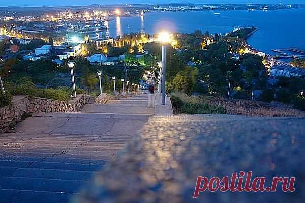 Керчь вечерняя-город в котором я живу