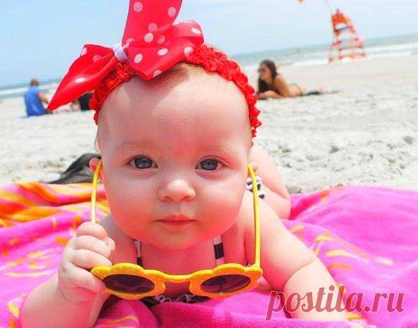 Красота не спасет мир. Я на пляже. Выкручивайтесь сами 💅