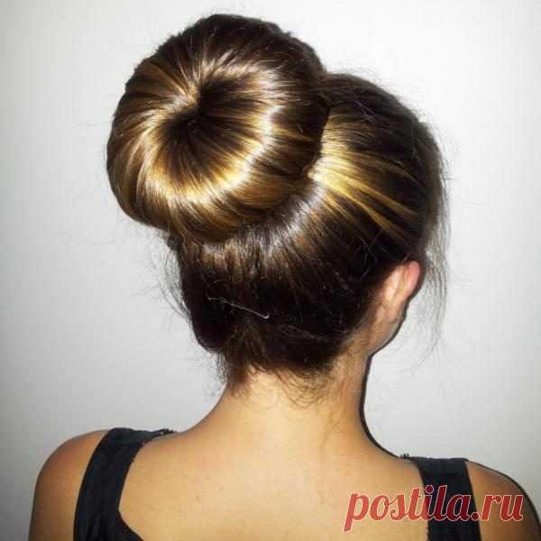 5 самых красивых и необычных способов собрать волосы в пучок / Все для женщины