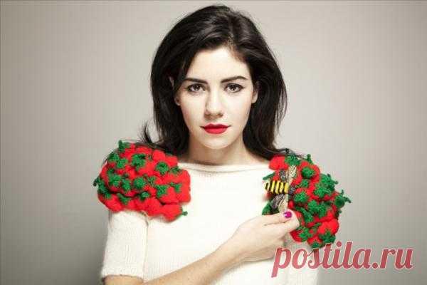 Клубничный свитер Марина Ламбрини Диамандис + еще 3 / Вязание / Модный сайт о стильной переделке одежды и интерьера