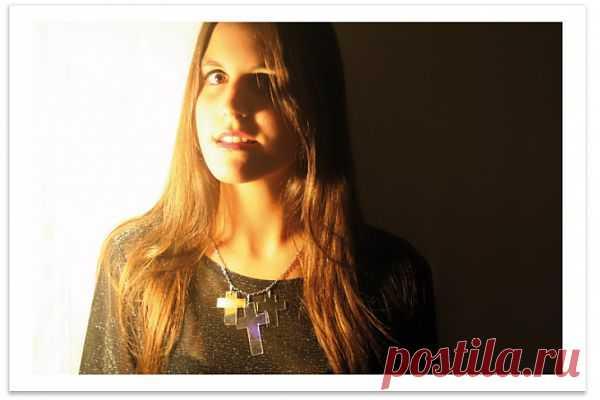 Подвеска-крестик из CD / Аксессуары (не украшения) / Модный сайт о стильной переделке одежды и интерьера