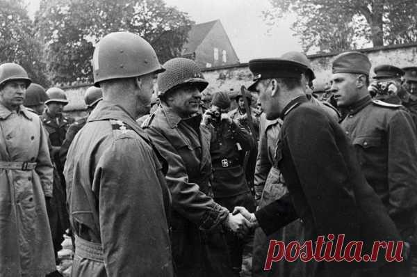 Не успела отгреметь Вторая мировая война, а союзники уже вынашивали планы по началу нового масштабного конфликта. Они, как когда-то Германия в 1941-м, намеревались нанести внезапный удар по России.