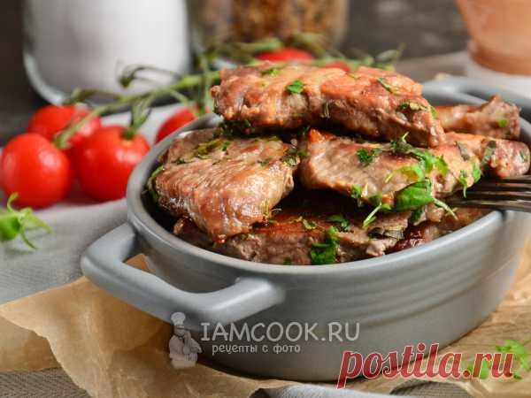 Мясо по-цыгански — рецепт с фото Ароматное сочное свиное мясо с травами и специями. Свинину предварительно отбиваем молоточком. Обжариваем без кляра и панировки.