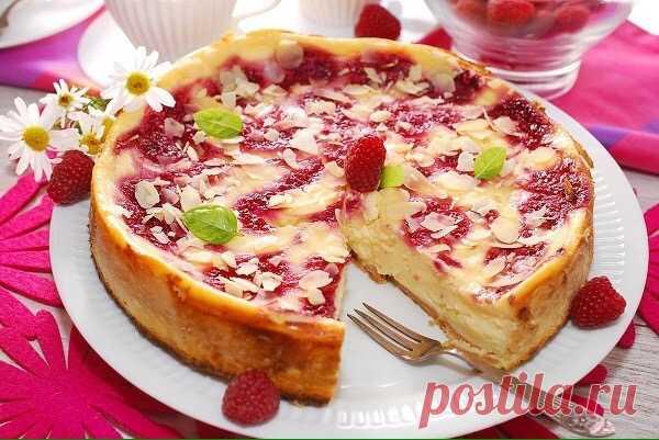 Готовим творожно-ягодный пирог в мультиварке