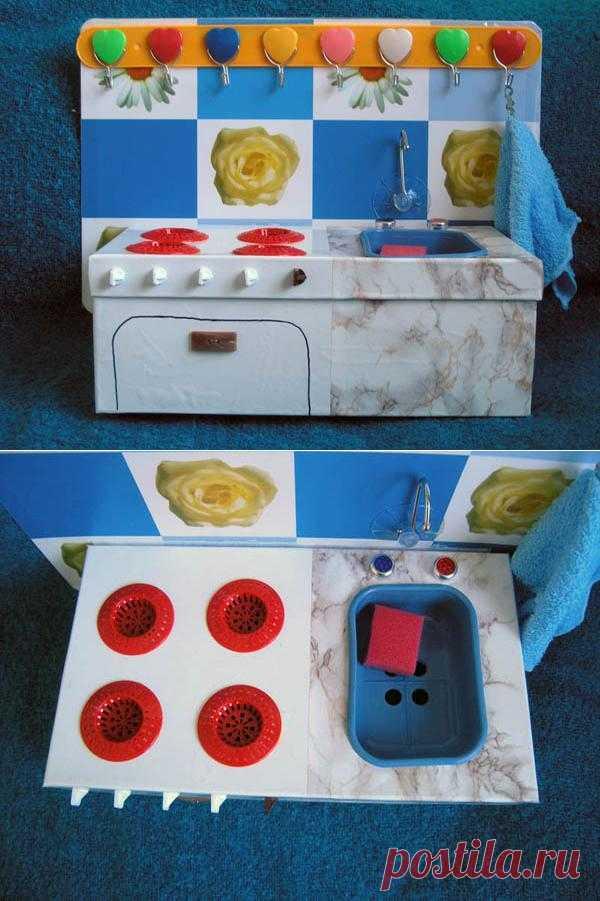 Кухня из обувной коробки. Кому интересно как это сделать?