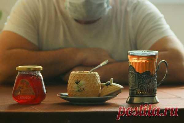Вкусного по чуть-чуть: сколько меда можно съесть в день? 3-5 ЛОЖЕК В ДЕНЬ-В сезон простуд многие советуют пить чай с медом. Действительно ли этот продукт так полезен и есть ли какие-то ограничения по количеству употребляемого лакомства?По словам специалиста, четкой дозировки нет. Рекомендации индивидуальны и зависят от пищевых привычек человека и его анамнеза....
