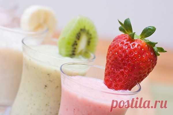8 самых вкусных молочных коктейлей с соком и фруктами.