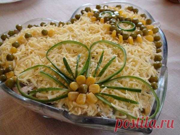 Украшение салатов на 8 марта - Фото оригинальных блюд