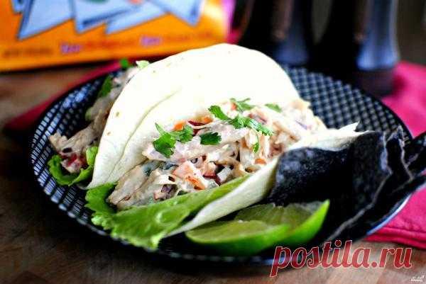 Витаминный мексиканский салат с курицей