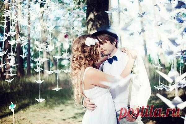 Гирлянды в свадебном декоре - WeddyWood