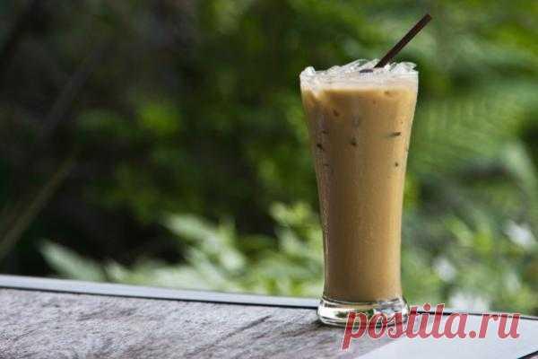 РЕЦЕПТЫ: Ледяной кофе от Нолы | Лайфхакер