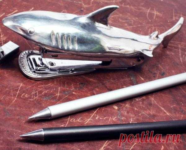 Степлер - акула - $145 USD