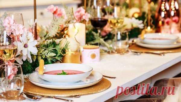 Новогодний декор в романтическом стиле. Как оформить стол, комнату и елку.