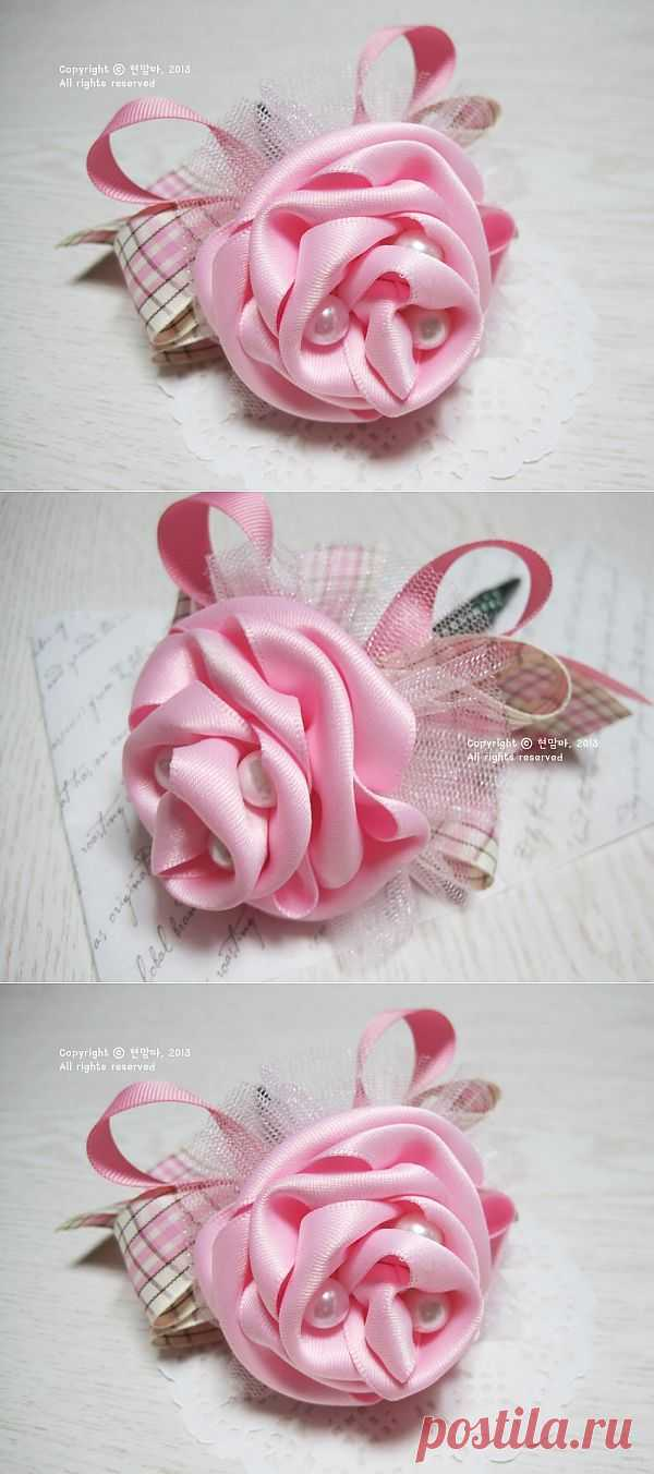 Розы расцвели в шариковой ручке