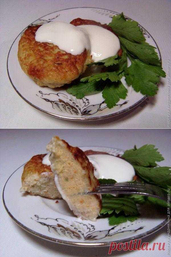 Куриные оладьи с овощами / Рецепты с фото