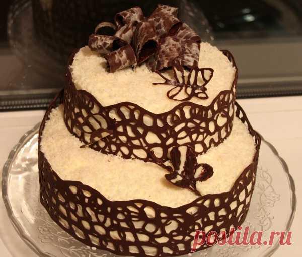 Просто, красиво, вкусно делаем украшение для торта - шоколенту. (Мастер-класс по клику на картиннку).